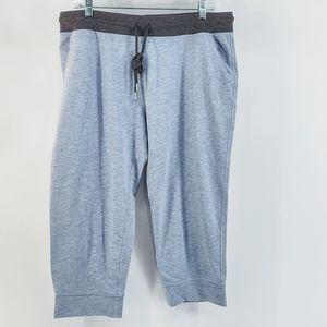 Champion Capri Sweat Pants Athletic Pants
